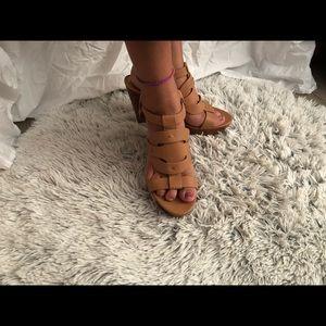 BCBG leather Sandal Wedge